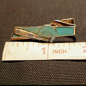 Vintage Unbranded Accessories - Vintage Unsigned Gold Tone Caliper Tool Tie Clip